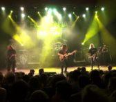 Refrene rock îmblînzite la ceas de seară
