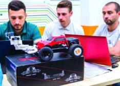 2.700 de euro pentru cîștigătorii concursului Electro-mobility