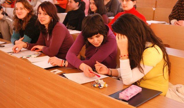 Cursuri gratuite pentru elevi la Universitatea Tehnică