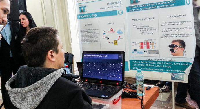 Cercetători de la Universitatea Tehnică au creat un dispozitiv pentru nevăzători