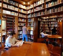 Biblioteca de după coline
